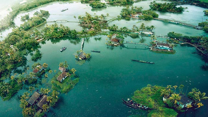 Alleppey backwater honeymoon packages for 3days