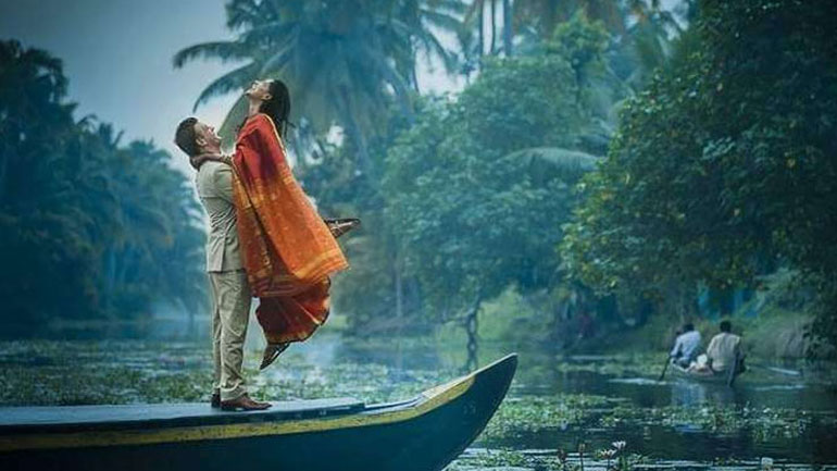 alleppey honeymoon package with houseboat