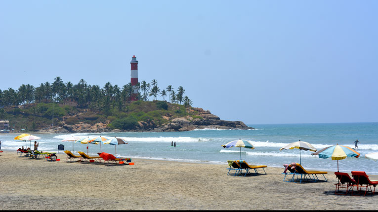 kovalam beach and lighthouse package for 6 days