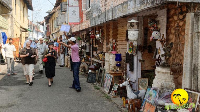 mattanchery market kochi 6 day kerala tour
