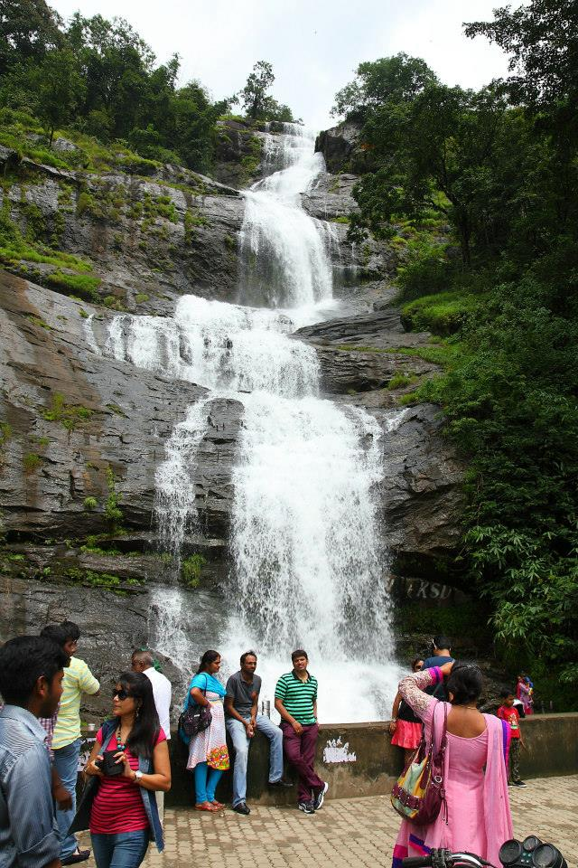 cheeyappara waterfalls kerala fixed departure tour package
